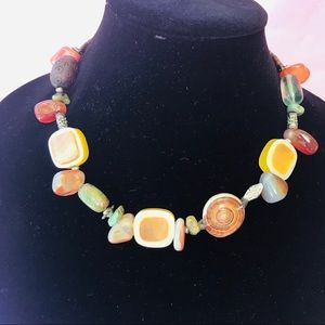 Vintage 70's vibes necklace